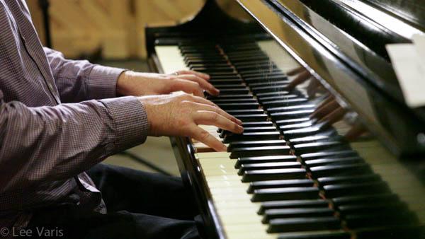Matt McMahon on piano.